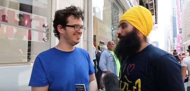 Jagraj Singh spoke to strangers in Times Square about Sikhism.