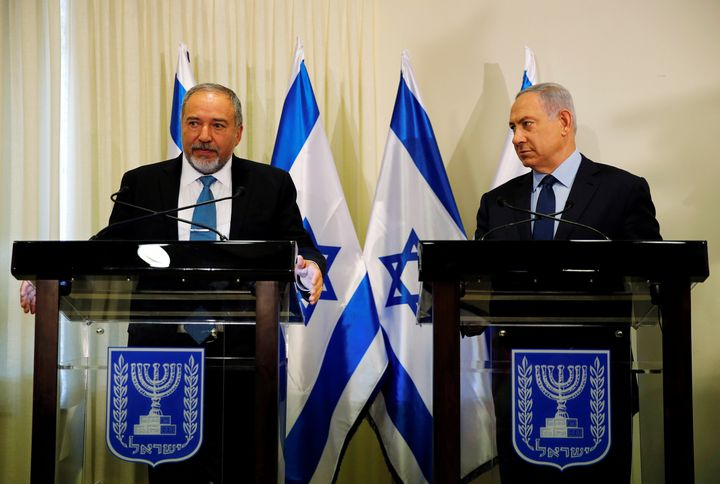 Benjamin Netanyahu, right, and Avigdor Lieberman issued assurances that the new right-wing government would behave responsibl