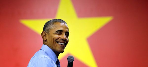 A Vietnamese Rapper Spit Some Bars For Obama While He Beatboxed