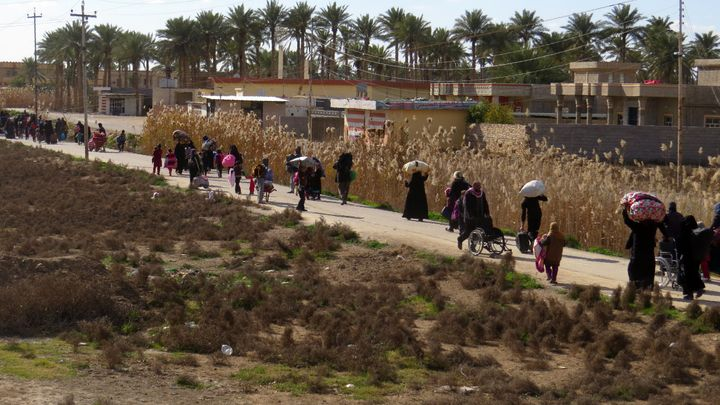 Some of thedisplaced civilians who fled ISIS-controlled regions near Fallujah have taken refugein the Jwaibah are