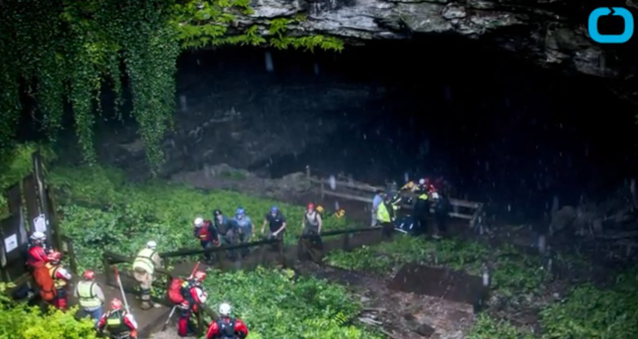 Nineteen spelunkers made their way out of a Kentucky cave where they had been trapped on Thursday due to flooding.