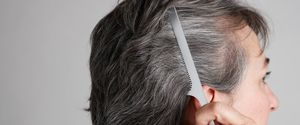 MATURE GREY GRAY HAIR COMB GROOMING PREPARATION