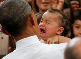 Obama Works His Magic On Crying Baby In Japan