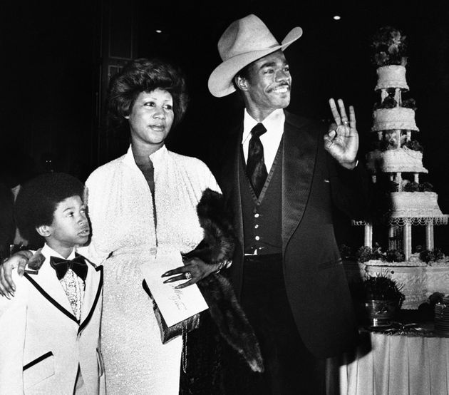 Franklin was married twice and had four children. She's seen here during her wedding to Glynn Turman...