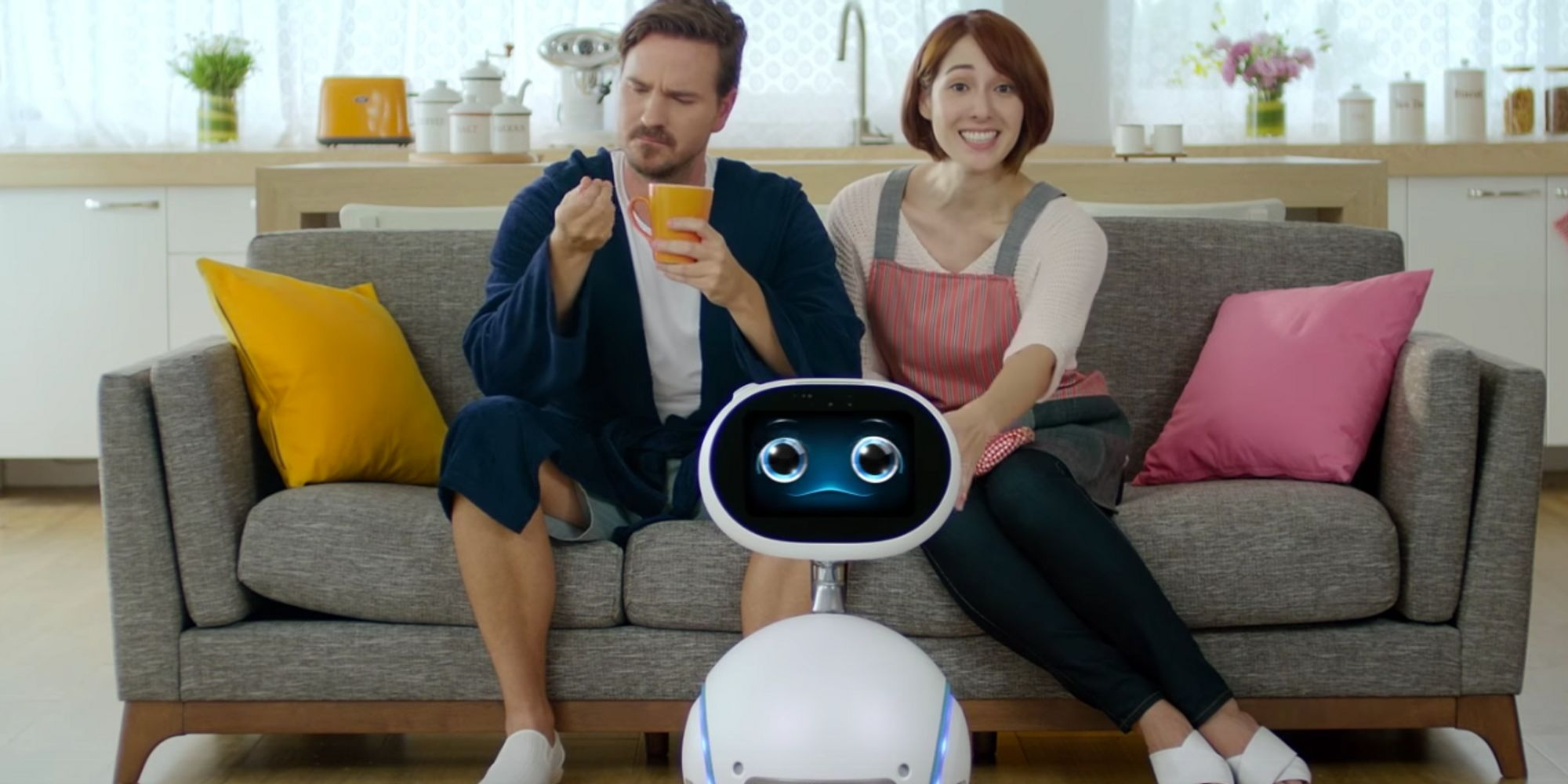 zenbo the personal assistant robot who can entertain kids and alert you to family emergencies. Black Bedroom Furniture Sets. Home Design Ideas