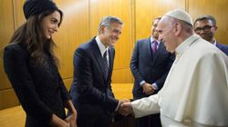 Pope Awards Medals To George Clooney, Richard Gere And Salma