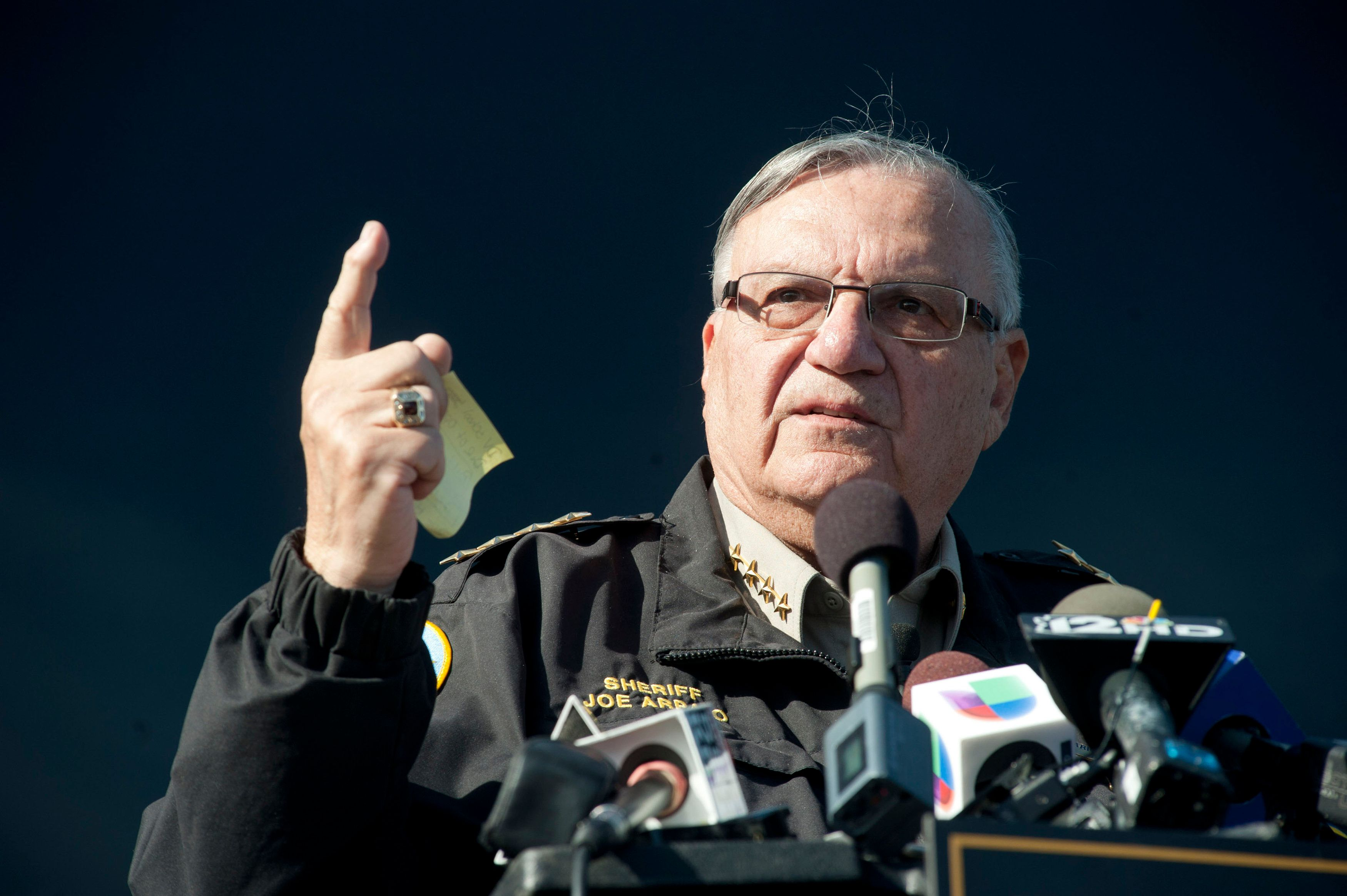 Maricopa County Sheriff Joe Arpaio announces newly launched program aimed at providing security around schools in Anthem, Arizona, January 9, 2013.  REUTERS/Laura Segall/File photo