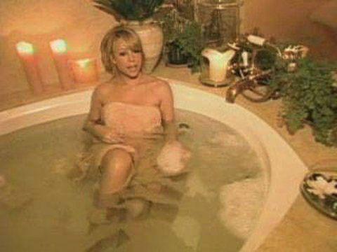 Ariana Grande Bathing Tub