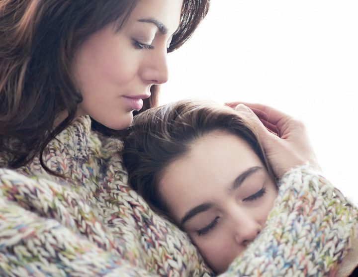 Why Childhood Cuddles Are So Important | HuffPost Life