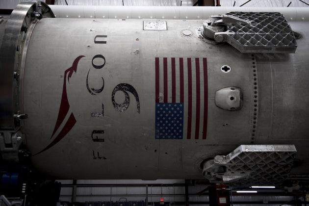 Elon Musk plans for his company SpaceX tolaunch people toward Mars in 2024, with arrival in