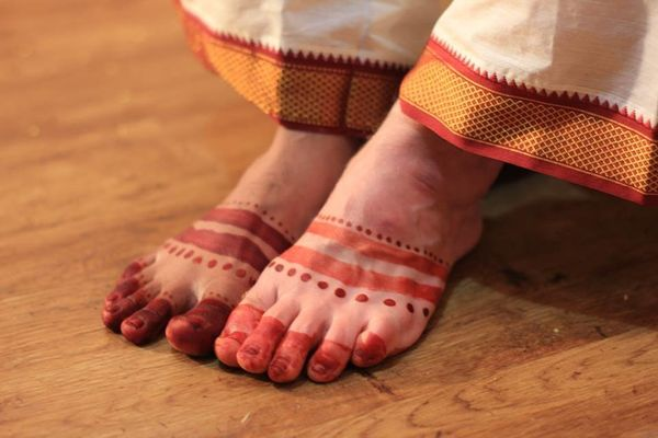 Mehindi in a very traditional style was applied to both of our hands and feet.