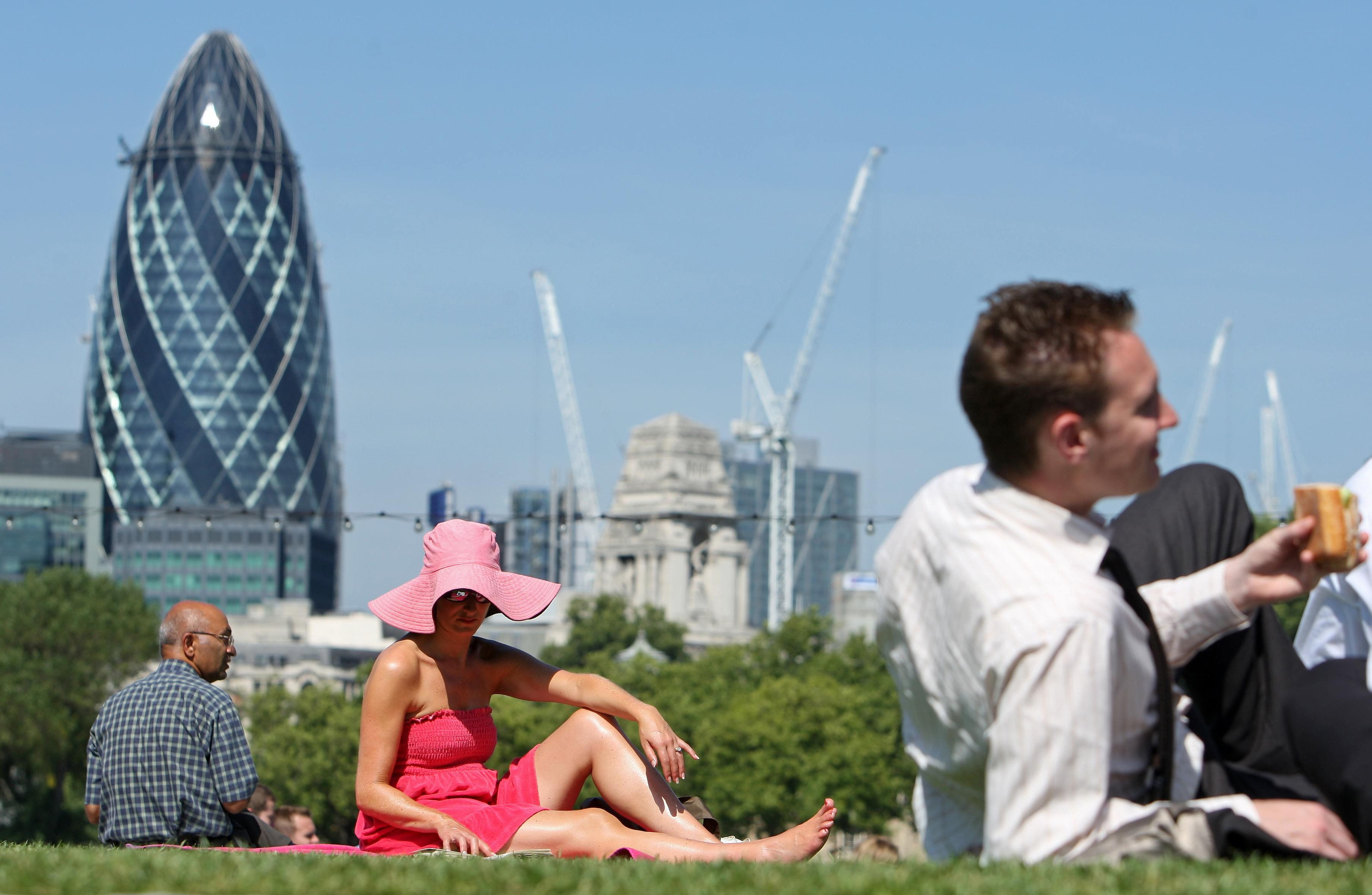 Temperatures in London are set to reach 25C this