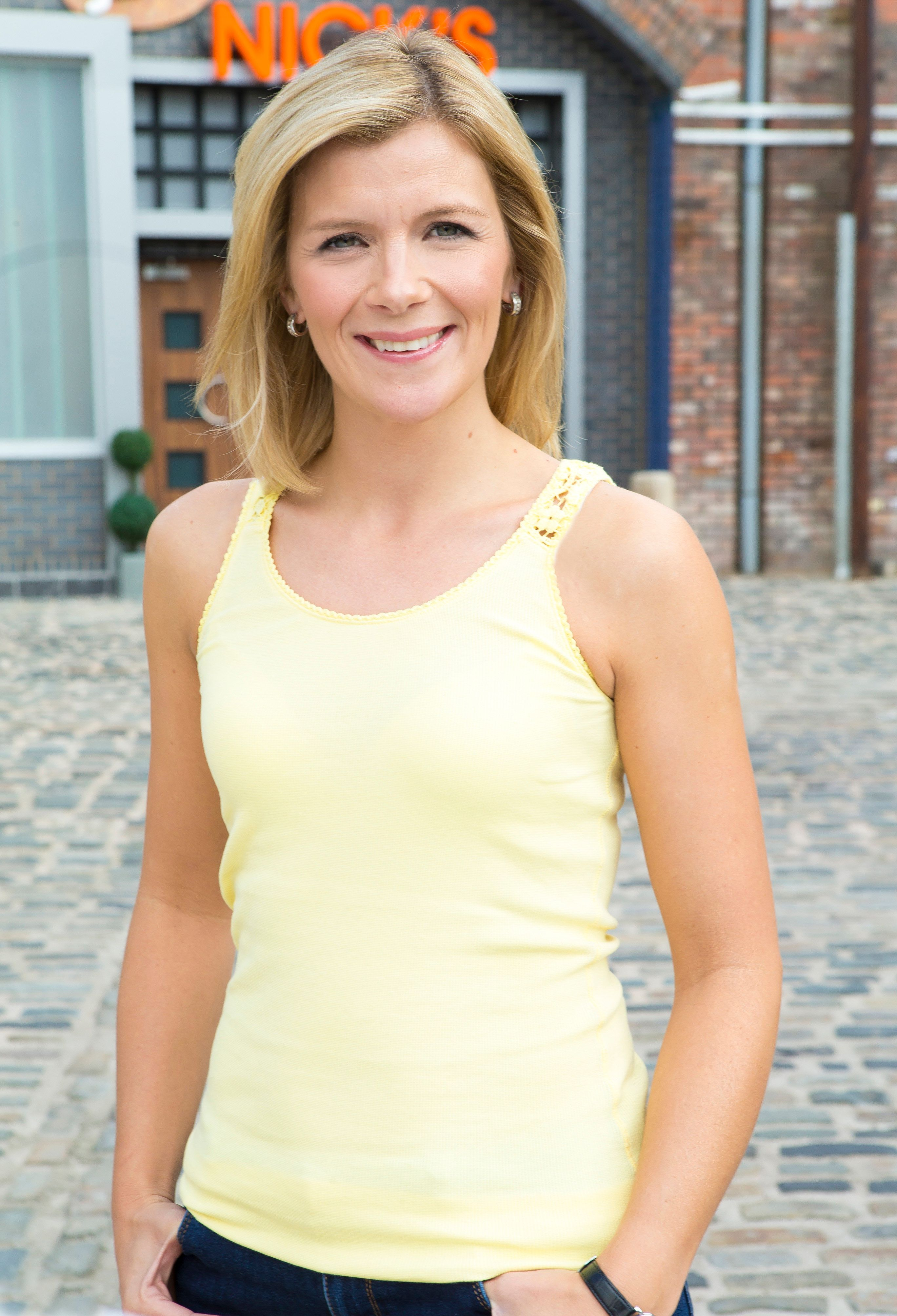 'Coronation Street' Spoilers: Leanne Battersby To Fall Pregnant With Weatherfield Resident's