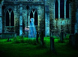 Ghost Hunters Search Hull Graveyard For Ghouls, Find Porn Shoot Instead