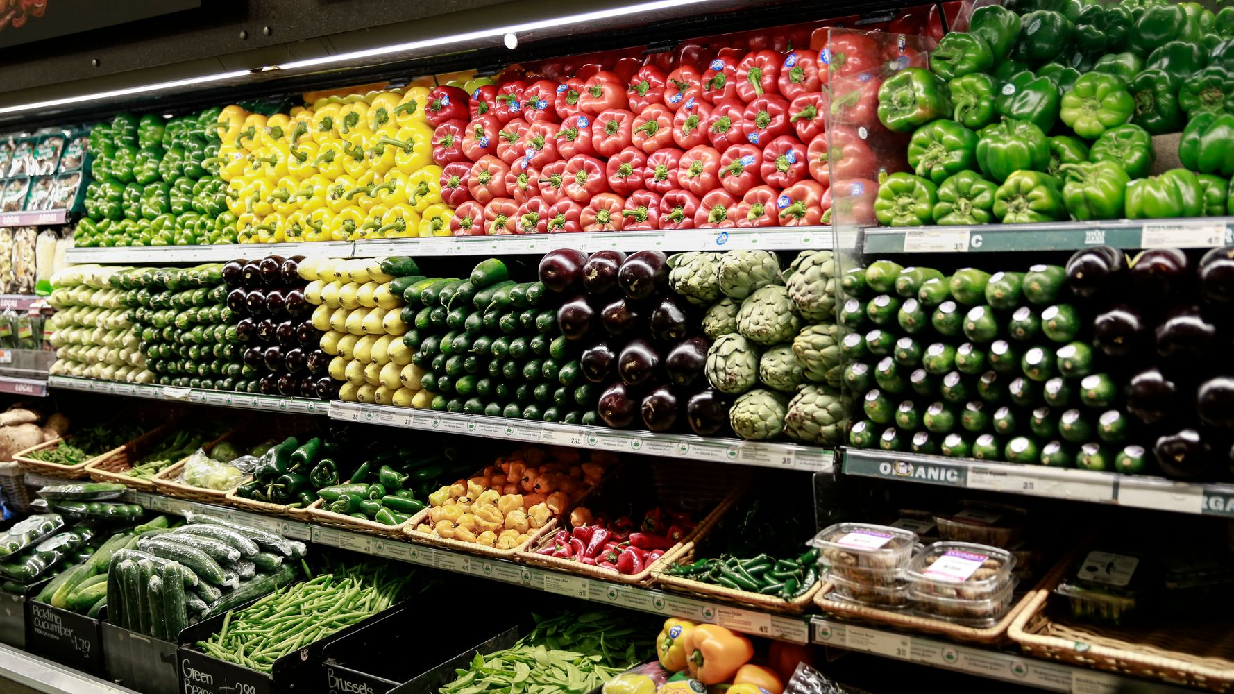 These Stunning Grocery Store Photos Are Hiding A Dark Secret