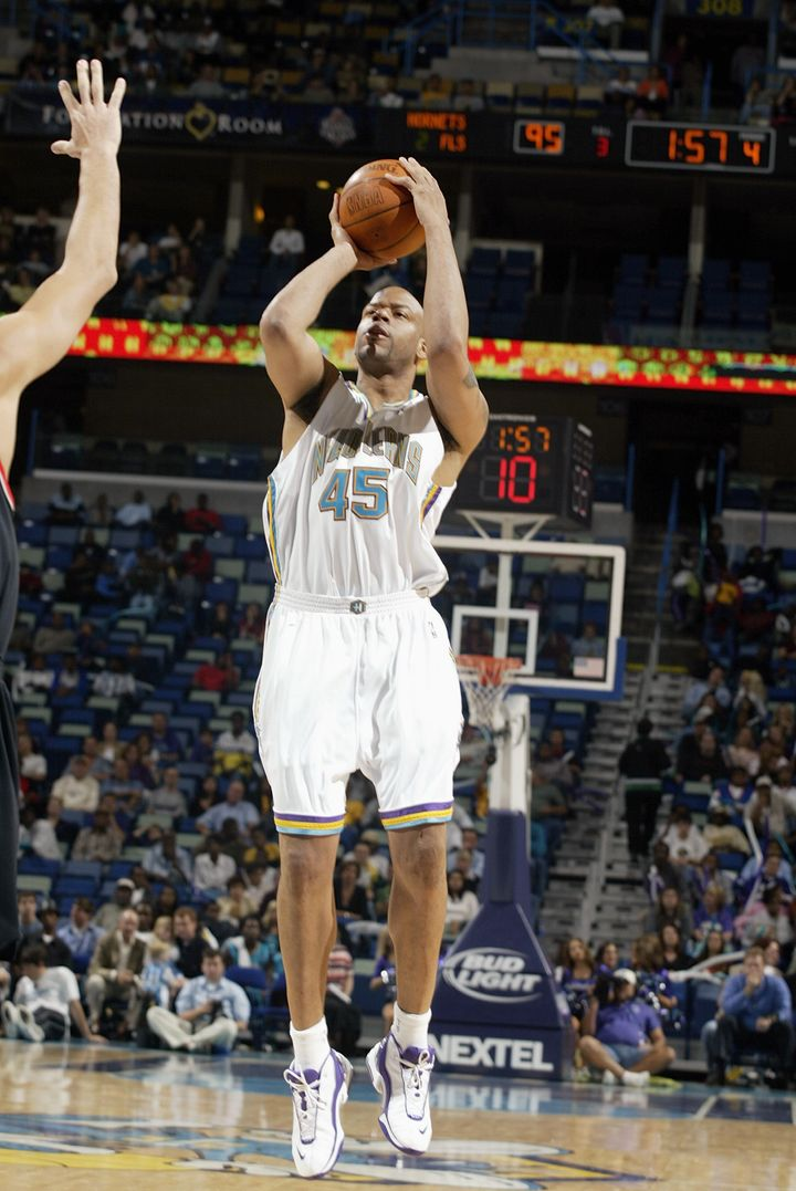 Sean Rooks, pictured in a 2003 game with the New Orleans Hornets, averaged 6.2 points per game in his 12-year career.
