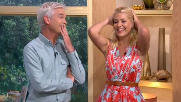 Phillip Schofield and Holly Willoughby completely lost it on 'This