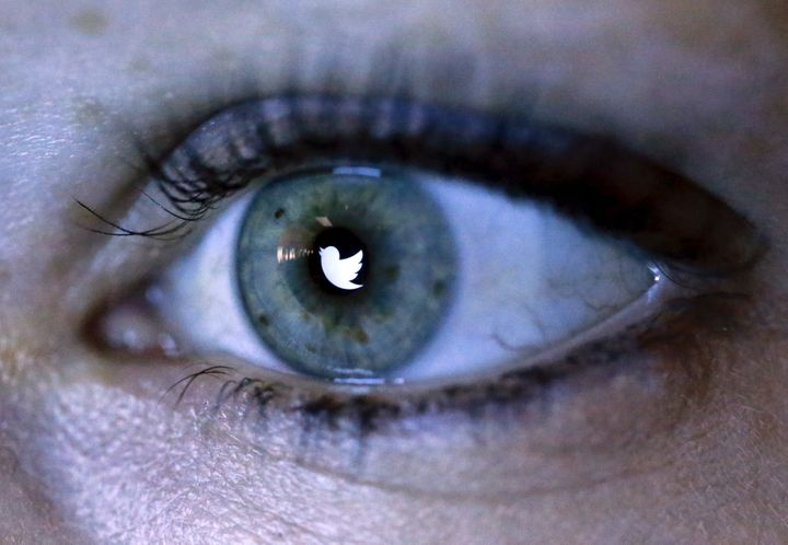 """Tens of millions"" of Twitter accounts may be compromised, <a href=""https://www.leakedsource.com/blog/twitter"" target=""_blank"