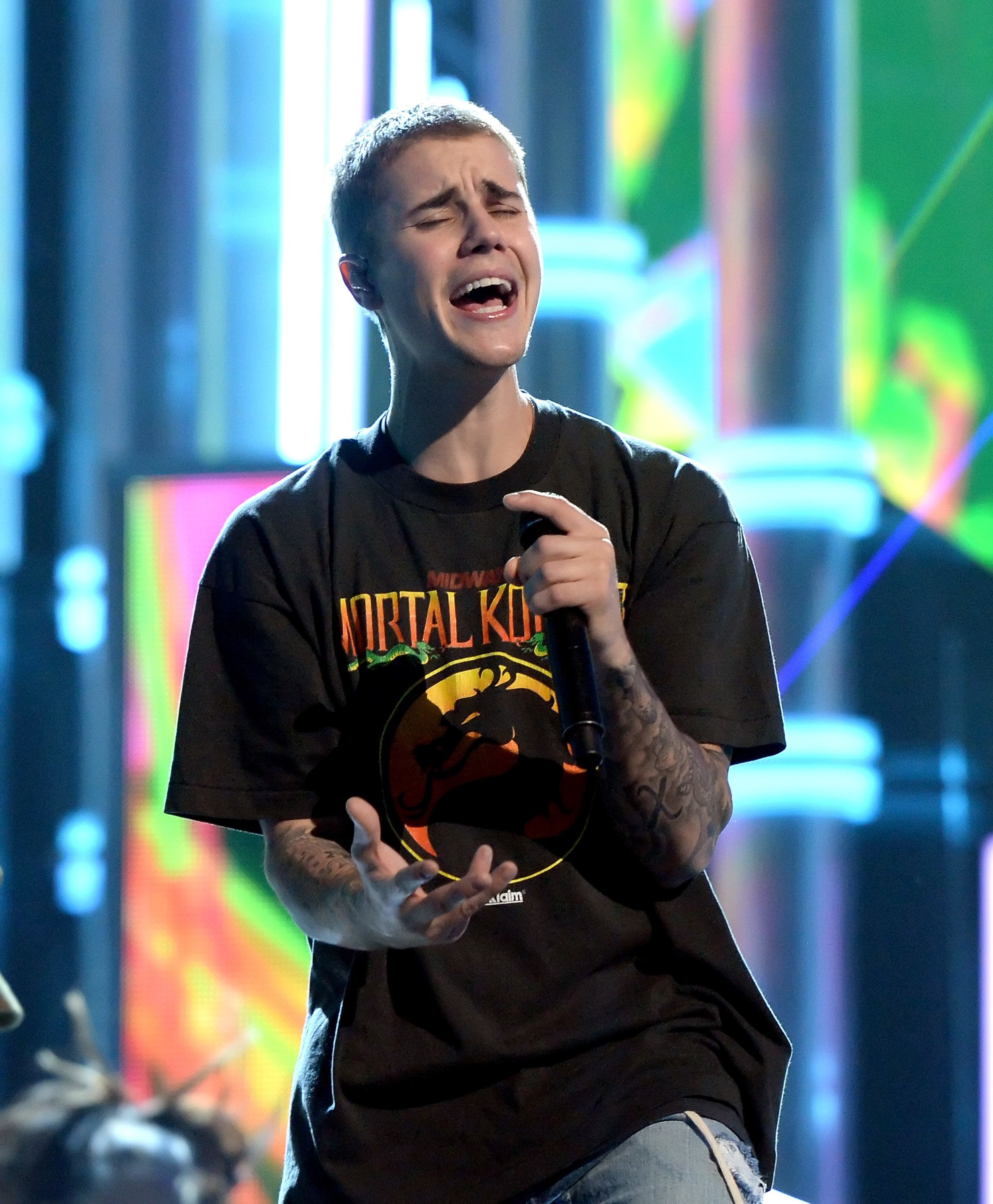 LAS VEGAS, NV - MAY 21:  Singer Justin Bieber rehearses onstage during the 2016 Billboard Music Awards at T-Mobile Arena on May 21, 2016 in Las Vegas, Nevada.  (Photo by Kevin Winter/BBMA2016/Getty Images for dcp)