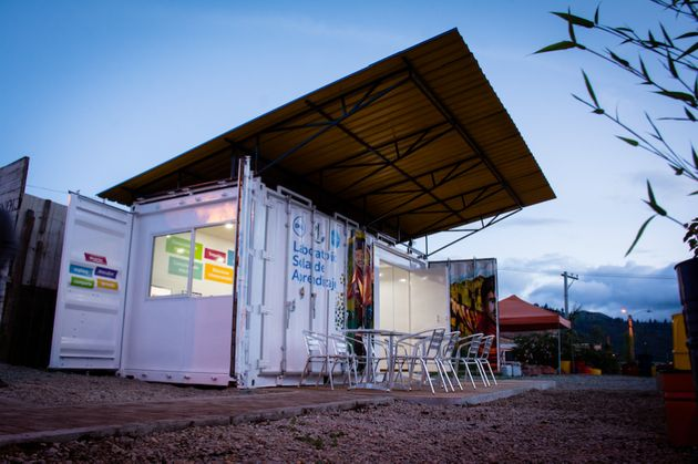 This Container Brings Internet To People In Need, Refugees In Remote Areas