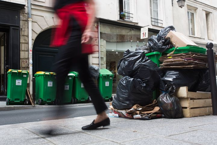 Rubbish haspiled up in parts of Paris ahead of the start ofthe 2016 UEFA European Championship.