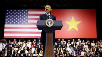 U.S. President Barack Obama attends a town hall meeting with members of the Young Southeast Asian Leaders Initiative (YSEALI) at the GEM Center in Ho Chi Minh City, Vietnam May 25, 2016. REUTERS/Carlos Barria      TPX IMAGES OF THE DAY