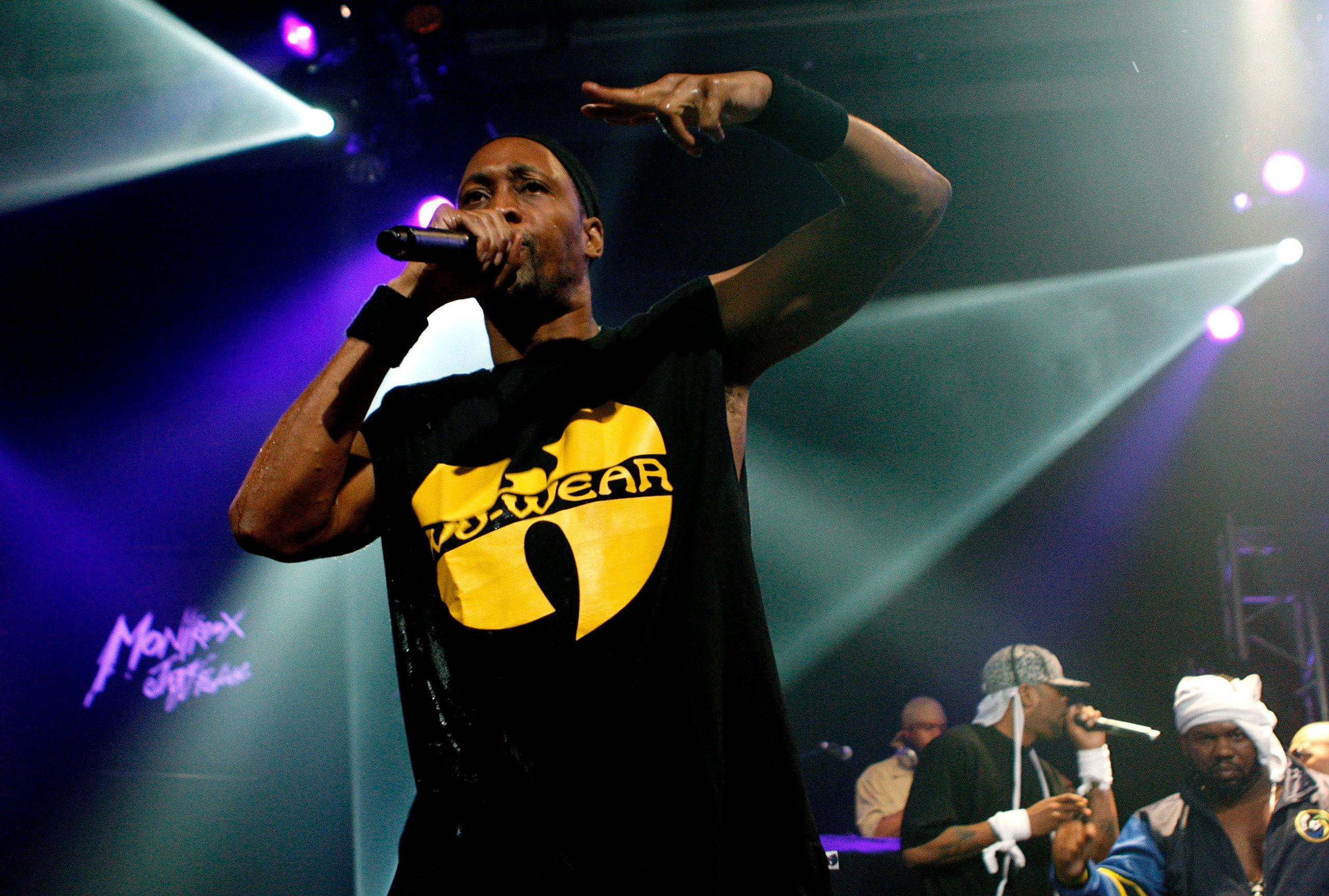 RZA of rap band Wu-Tang Clan performs at the Montreux Jazz Festival July 18, 2007.  REUTERS/Denis Balibouse   (SWITZERLAND)