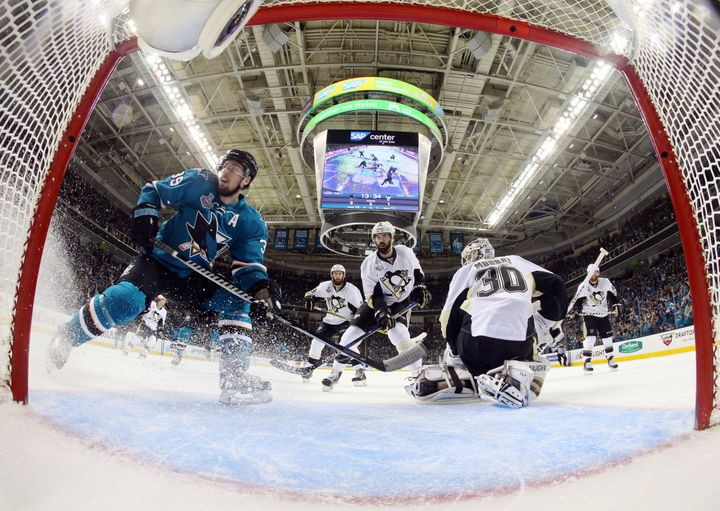 San Jose Sharks center Logan Couture (39) reacts after scoring a goal past Pittsburgh Penguins goalie Matt Murray (30) i
