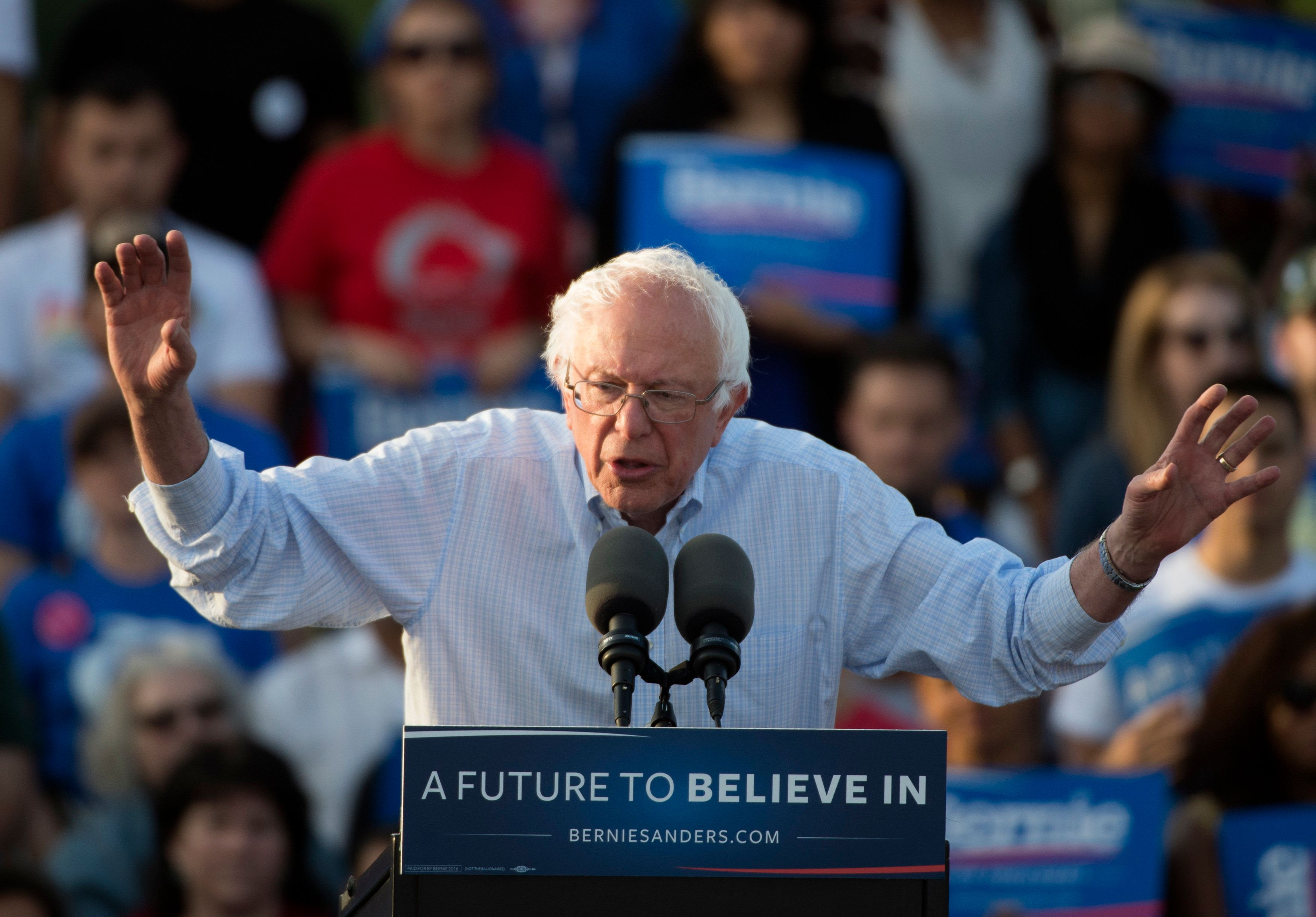 Democratic Presidential Candidate Bernie Sanders speaks during A Future to Believe In rally on June 9, 2016, in Washington, DC.   / AFP / MOLLY RILEY        (Photo credit should read MOLLY RILEY/AFP/Getty Images)
