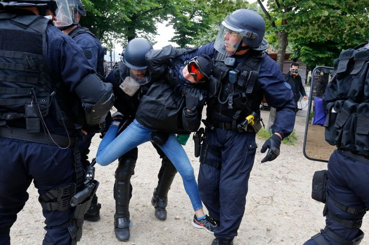 The police department reported 13 arrests in the early stages of themarch, which was led by labor unions.