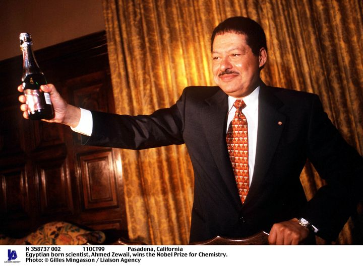 Egyptian-born scientist Ahmed Zewail wins the Nobel Prize for Chemistry in 1999.