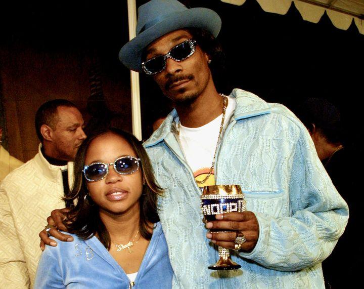 Snoop Dogg -- real name Calvin Broadus -- and his wife Shante Broadus in 2001.