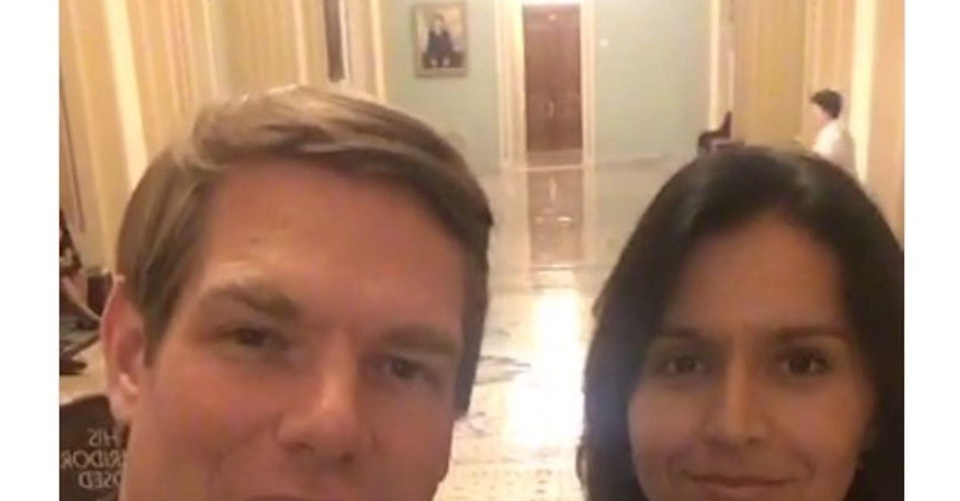 The 11 Gun Bills Tulsi Gabbard Wont Support While Standing With Senate Dems In A Selfie
