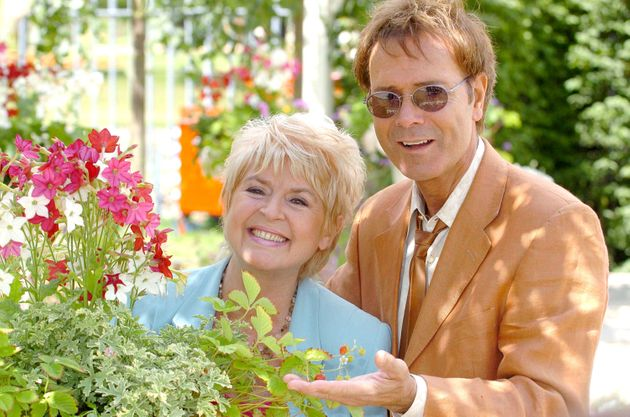 Gloria with her close friend of more than 45 years, Sir Cliff