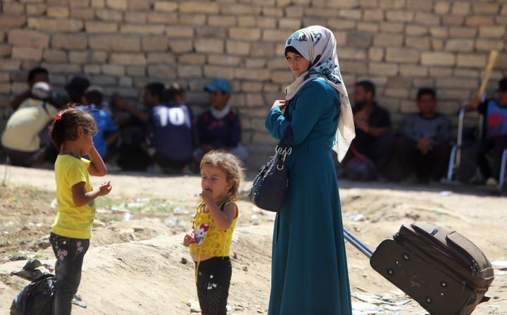 The United Nations saysover68,000 people have been displaced by the fighting in Fallujah.