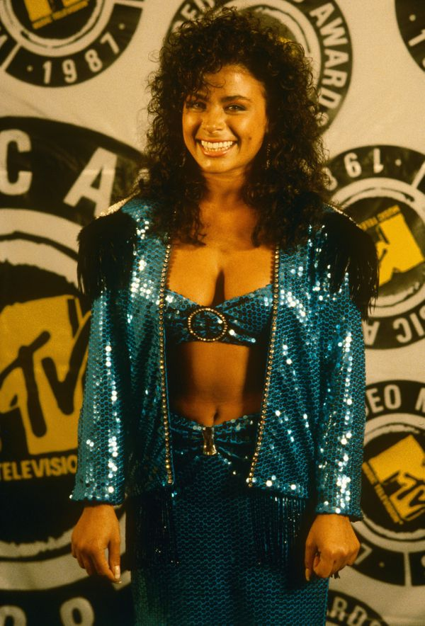 From scrunchies to shoulder pads paula abdul is forever for Top dance songs 1988
