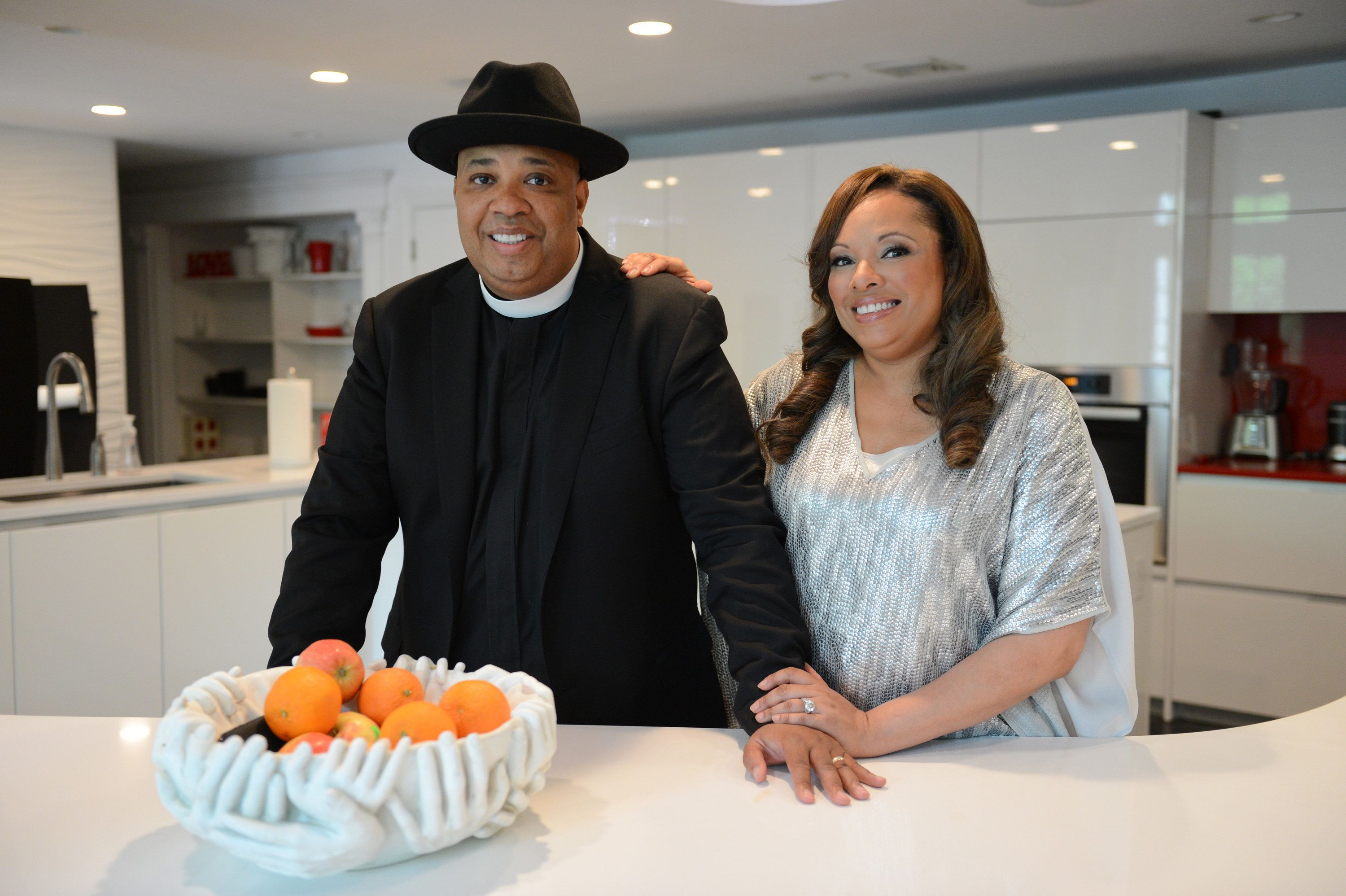 Rev Run and his wife Justine are going to be in a show Rev Run's Sunday Suppers on the Cooking Channel with their children Russy Jr and Miley. Photo taken at their home in Saddle River New jersey on May 23, 2014.  (Photo By: Julia Xanthos/NY Daily News via Getty Images)