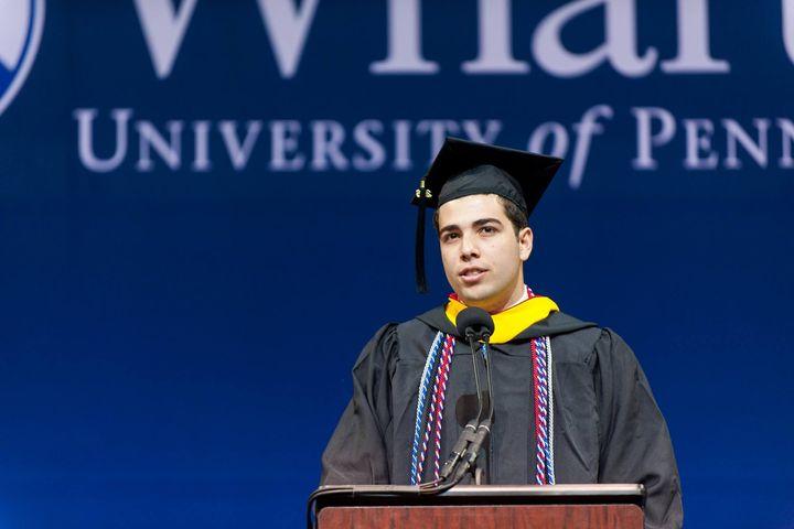 good ways to start a graduation speech