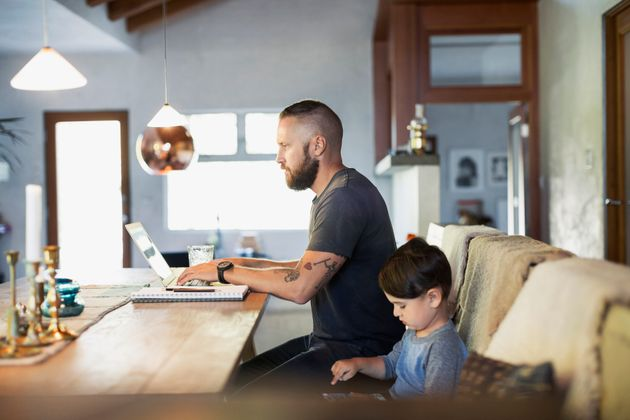 The Father Bonus: How Much Extra Working Dads Earn Depends On These