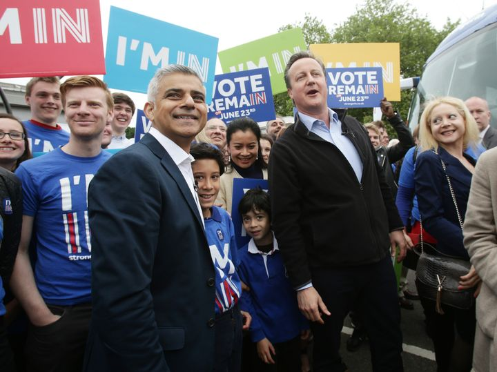 London Mayor Sadiq Khan of the Labour Party campaigns against Brexit alongside Conservative Prime Minister David Cameron. Lab
