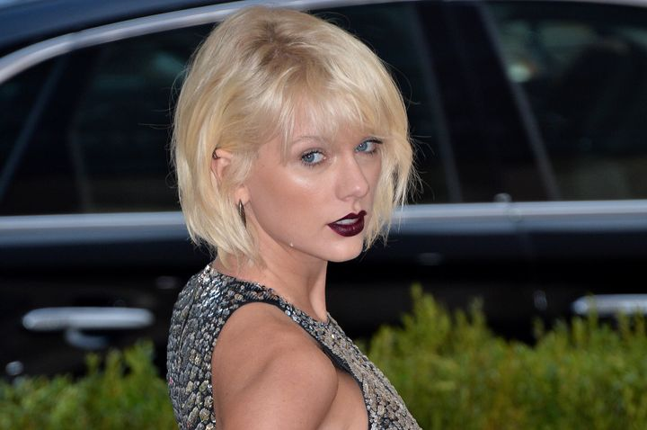 Taylor Swift attends the Costume Institute Benefit Gala at the Metropolitan Museum of Art on May 2, 2016.