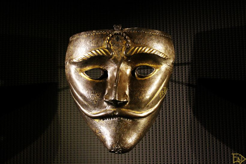 War mask in the Museum of Islamic Art