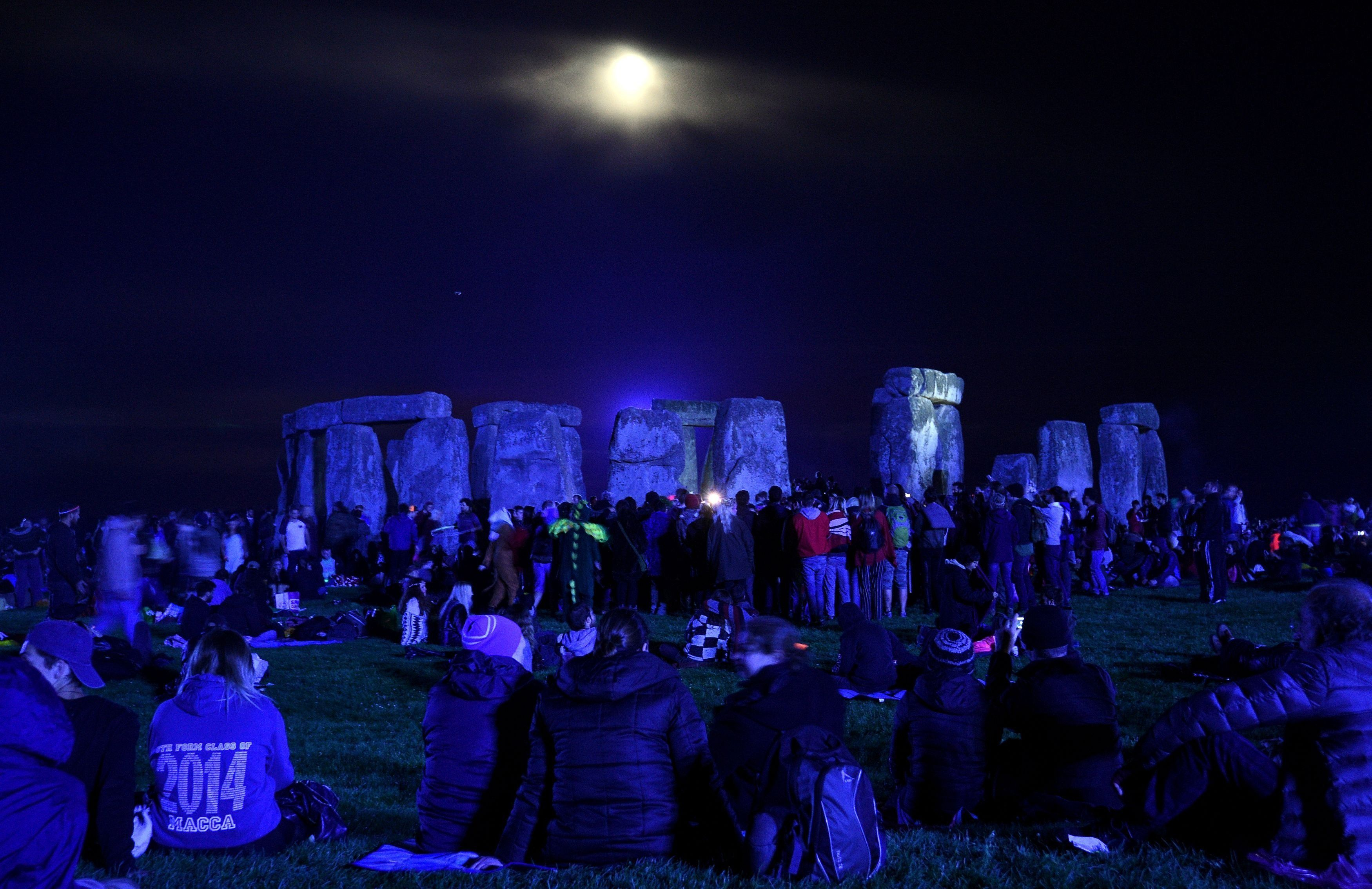What HappensWhen You Ban Drugs And Alcohol From Stonehenge On Summer