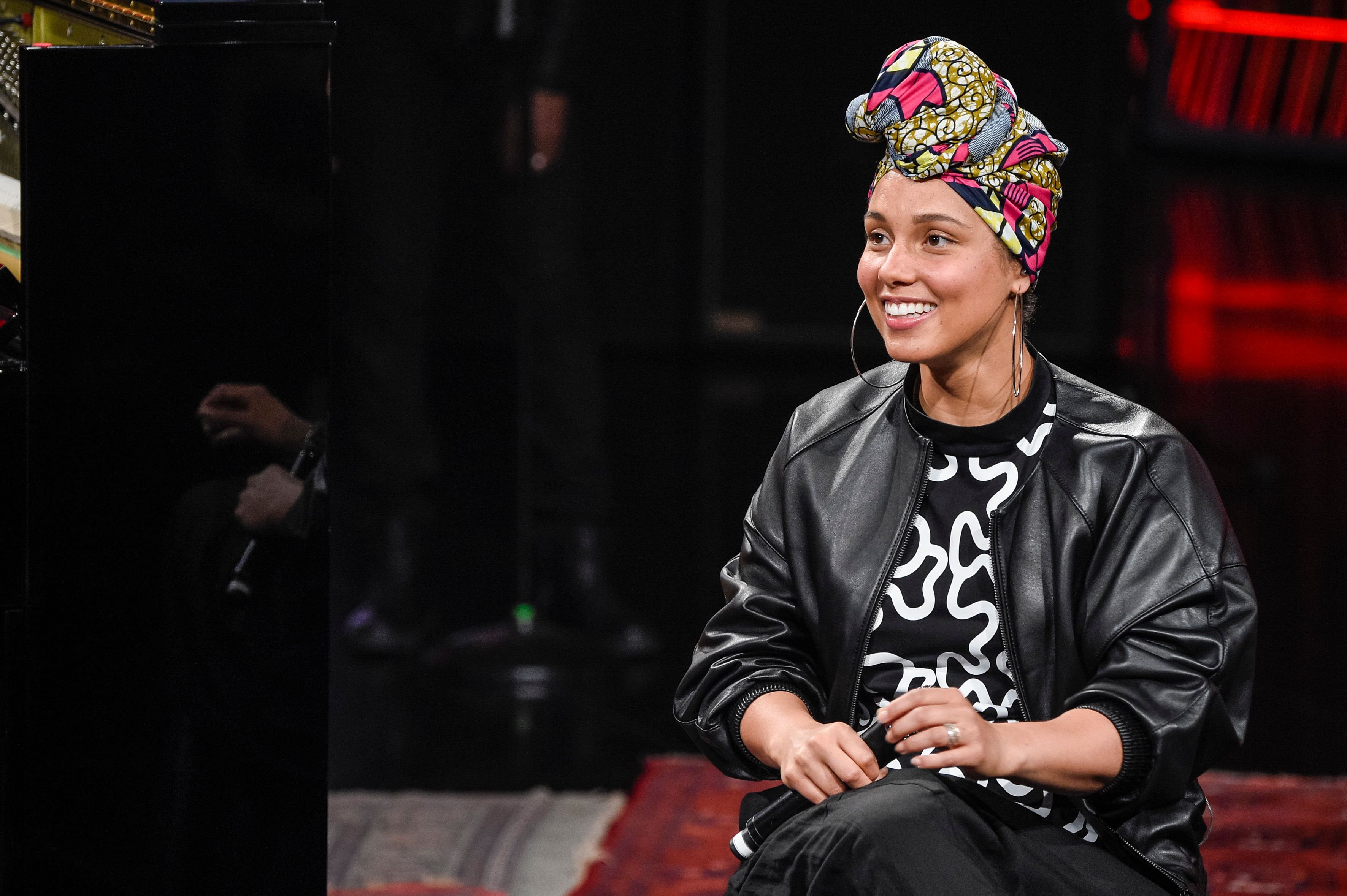 MILAN, ITALY - JUNE 12:  Alicia Keys attends at 'Che Tempo Che Fa' Tv Show on June 12, 2016 in Milan, Italy.  (Photo by Pietro D'aprano/Getty Images)