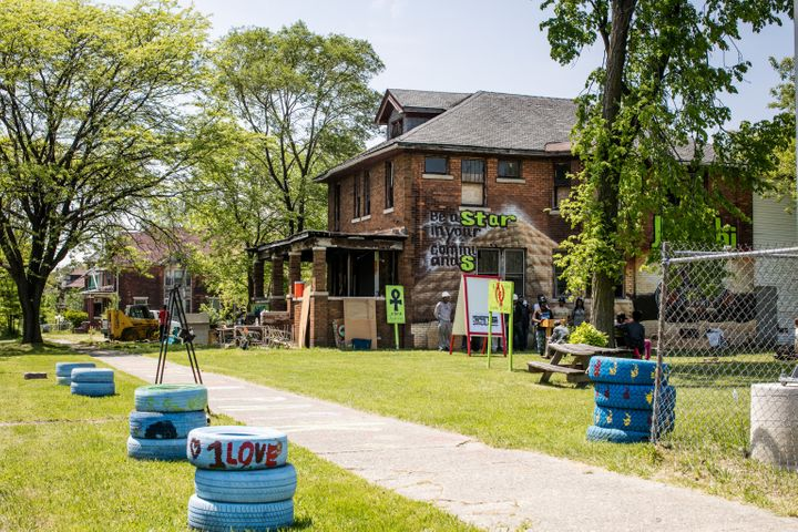 Shu Harris is renovating thisabandoned house on Avalon Street and is renaming it the Homework House. It's intended to b