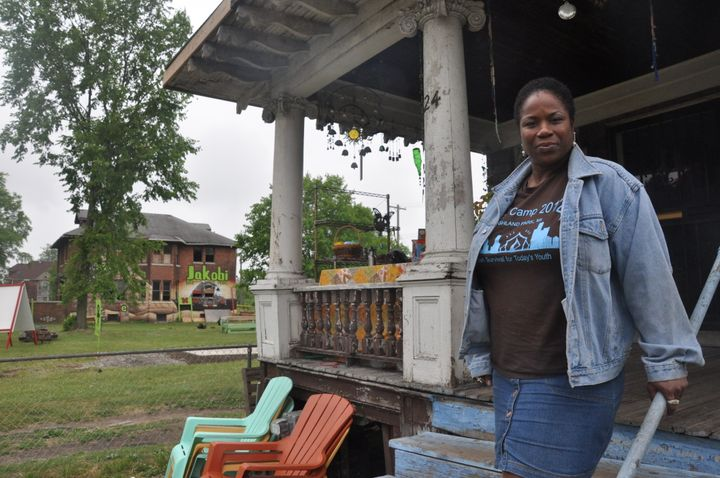 """Shamayim """"Shu"""" Harris plans toturn her entire block in Highland Park, Michigan into a sustainable community"""