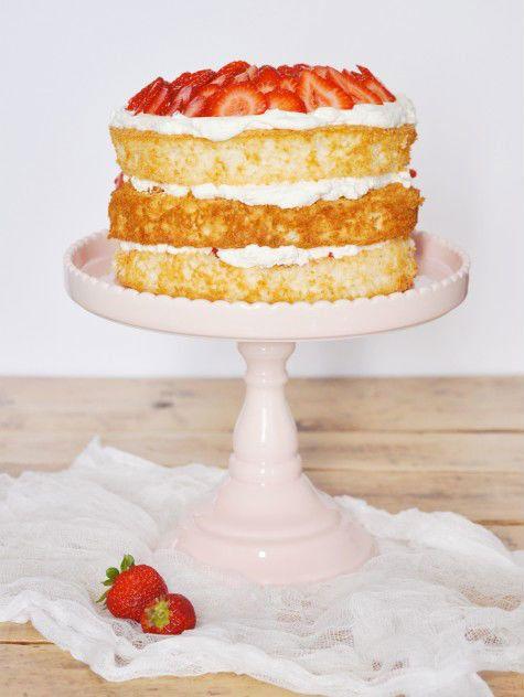 "<strong>Get the <a href=""http://www.jacquelynclark.com/2013/06/27/strawberry-shortcake-cake/"" target=""_blank"">Strawberry Shor"