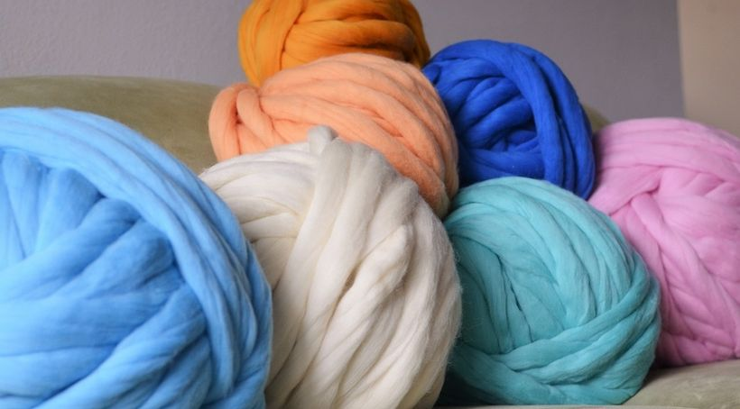 Super chunky Merino wool yarn