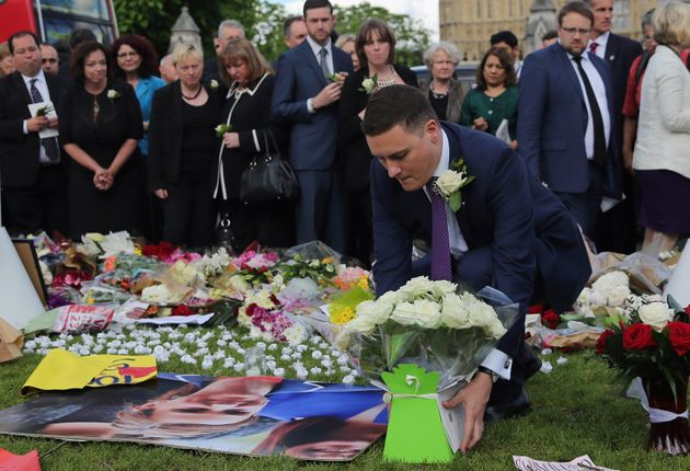 MPs lay floral tributes to Jo Cox in Parliament Square on