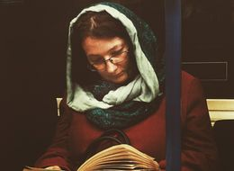 This Photographer Is Turning Pictures Of Commuters Into 16th Century-Style Artwork
